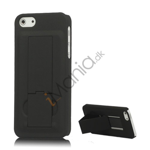 Image of   iPhone 5 Gummibelagt Hard Case med Stand - Sort